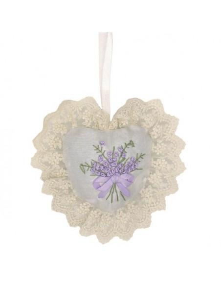 Lavendelherz mit Spitze und Satin, weiß